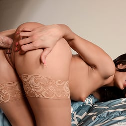Alexa Tomas in 'Brazzers' The Hand That Strokes The Doodle (Thumbnail 13)