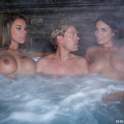 Anissa Kate in 'Brazzers' Storm of Kings XXX Parody- Behind the Scenes (Thumbnail 1)