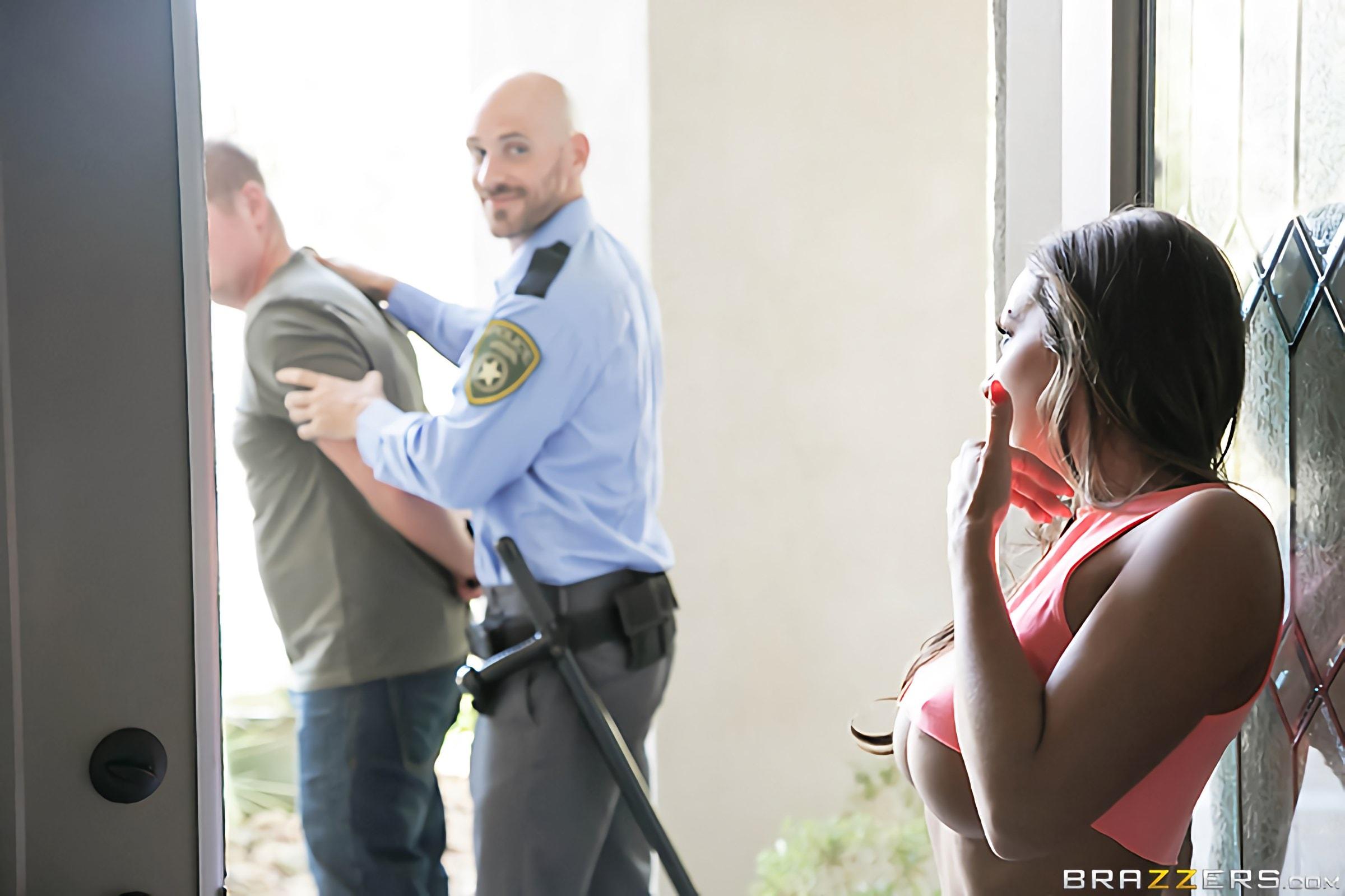 Brazzers 'A Domestic Dicking' starring Abigail Mac (Photo 15)