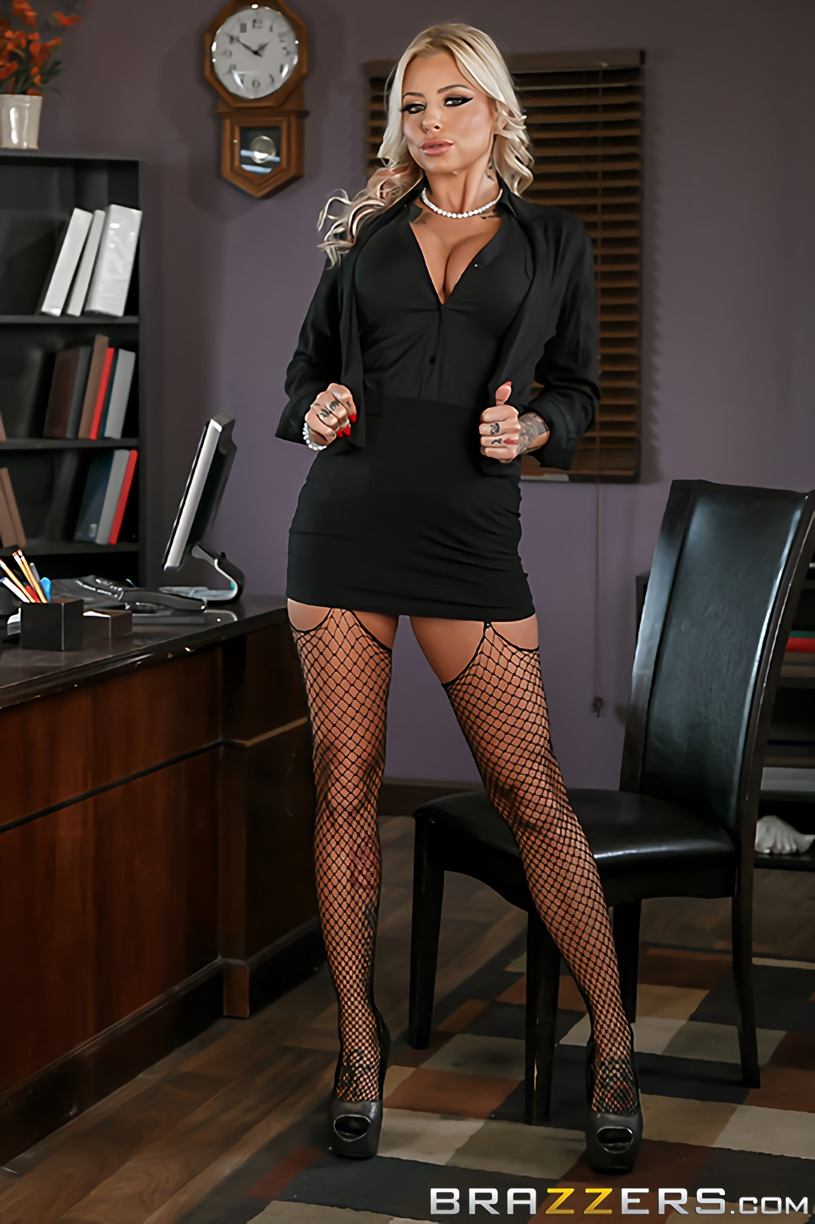 Brazzers 'The Head Mistress' starring Britney Shannon (Photo 1)
