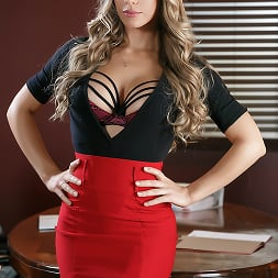 Nicole Aniston in A Union Nutbuster | Free video from Brazzers